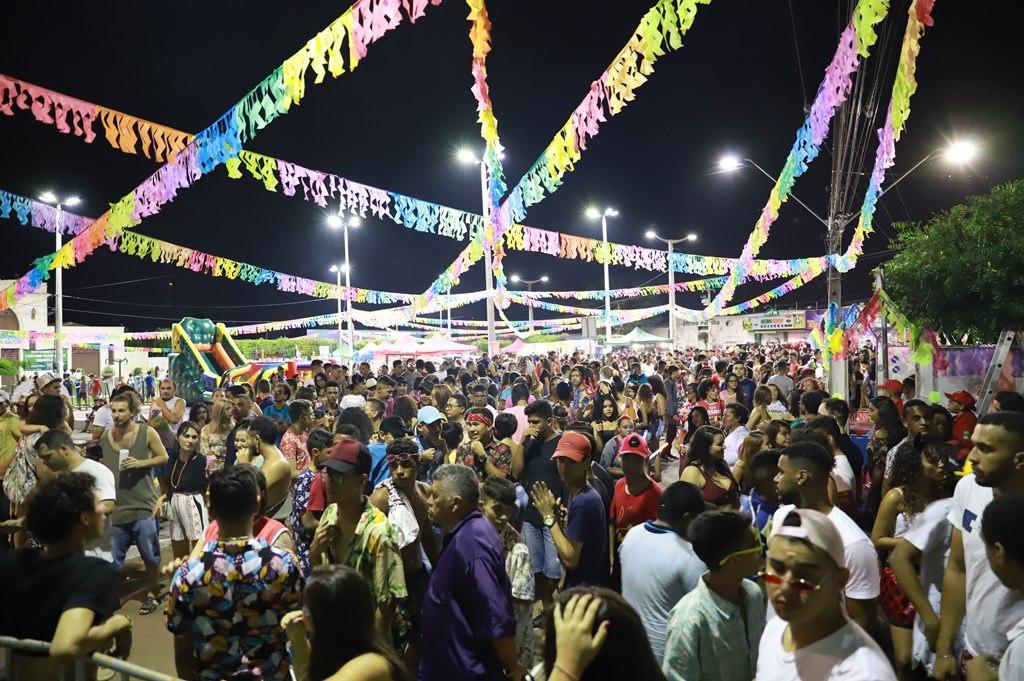 Segurança e animação marcam o primeiro dia do Carnaval Cultural, em Juazeiro do Norte
