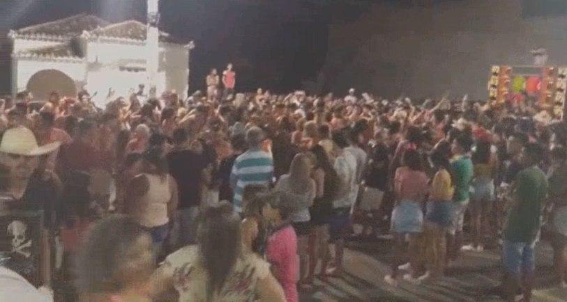 Mauriti realiza carnaval para colocar cidade no roteiro turístico do Cariri