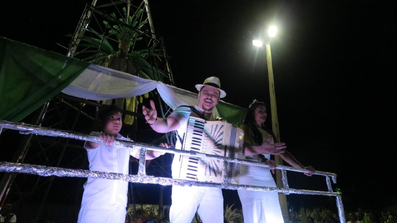 Unidos do Morro é tricampeã do Carnaval de Barbalha
