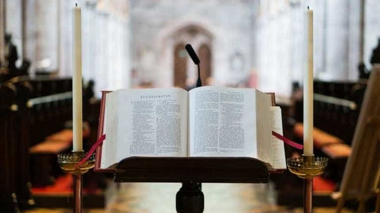 Justiça nega liminar que pedia restituição por viagem ao Vaticano