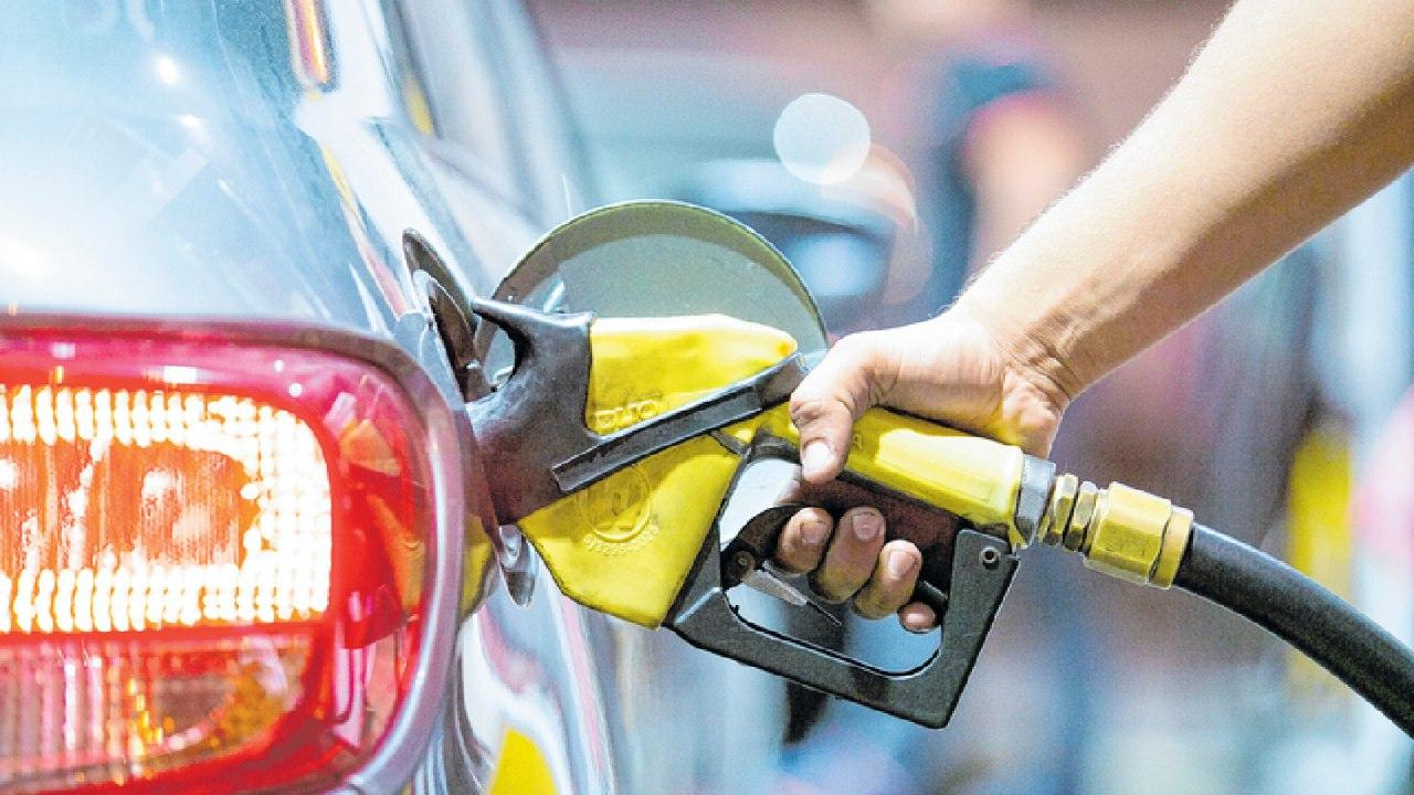Preço da gasolina cai 2,05% no Ceará em um mês; média de R$ 4,52