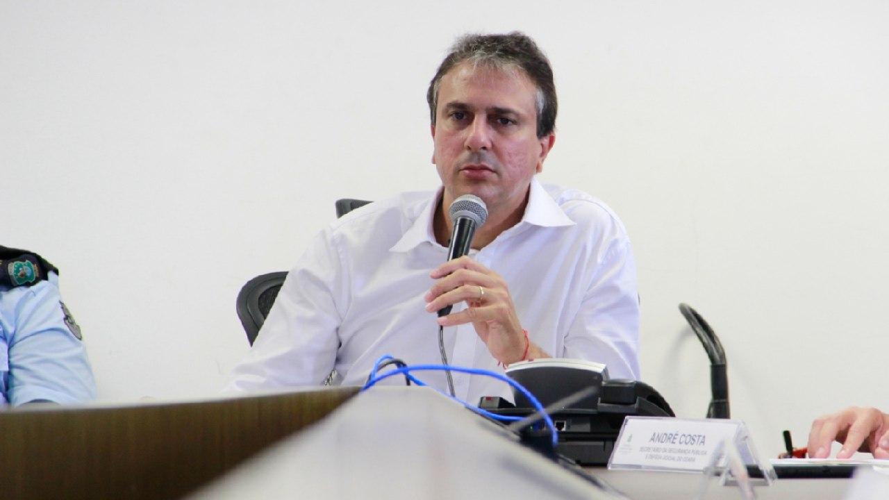 """""""Não tenho dúvida de que tomei a decisão correta"""", diz governador Camilo Santana, após anunciar prorrogação da quarentena em todo o estado até 5 de abril"""