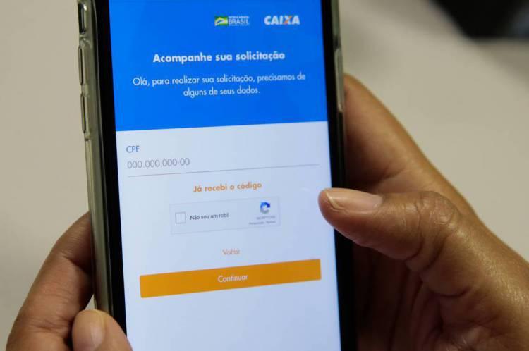 """Sistema """"apaga"""" o zero do CPF no cadastro e dificulta pedido de R$ 600"""