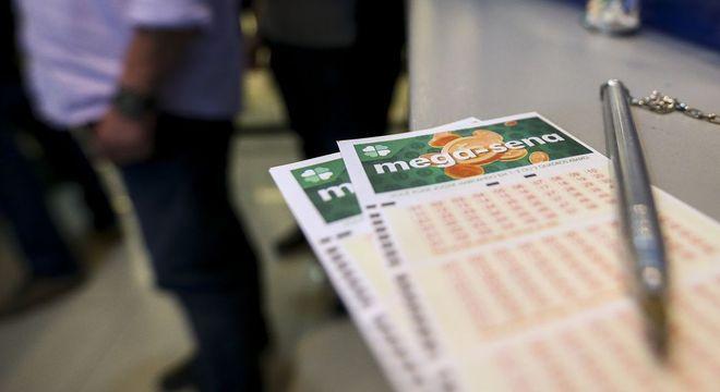 Mega-Sena acumulada pode pagar prêmio de R$ 38 milhões hoje