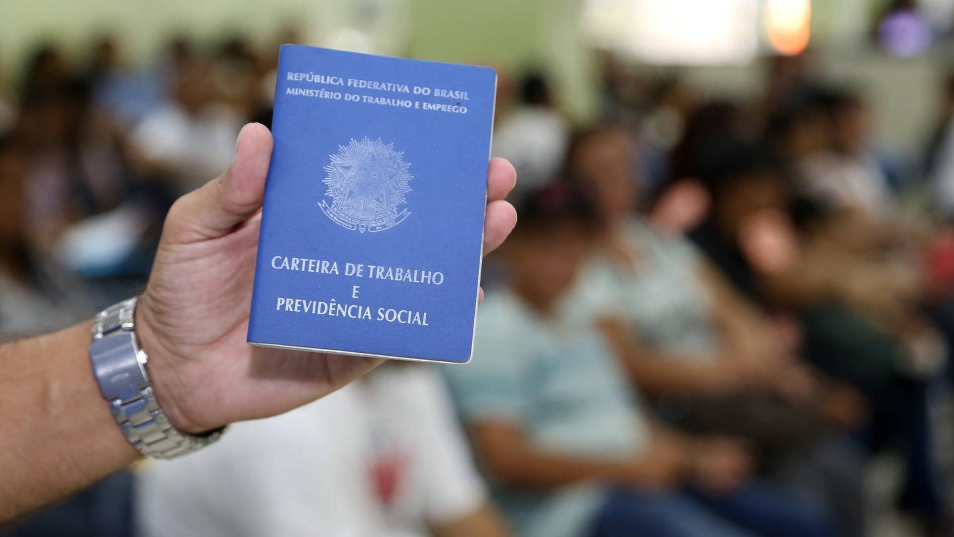 Lojistas mapeiam vagas de empregos e estágios no Ceará; saiba como se inscrever