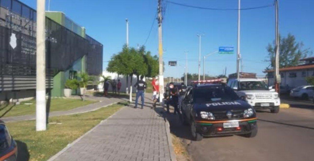 Operação da Polícia Civil desarticula facção criminosa e captura mais de 10 pessoas no interior do Ceará