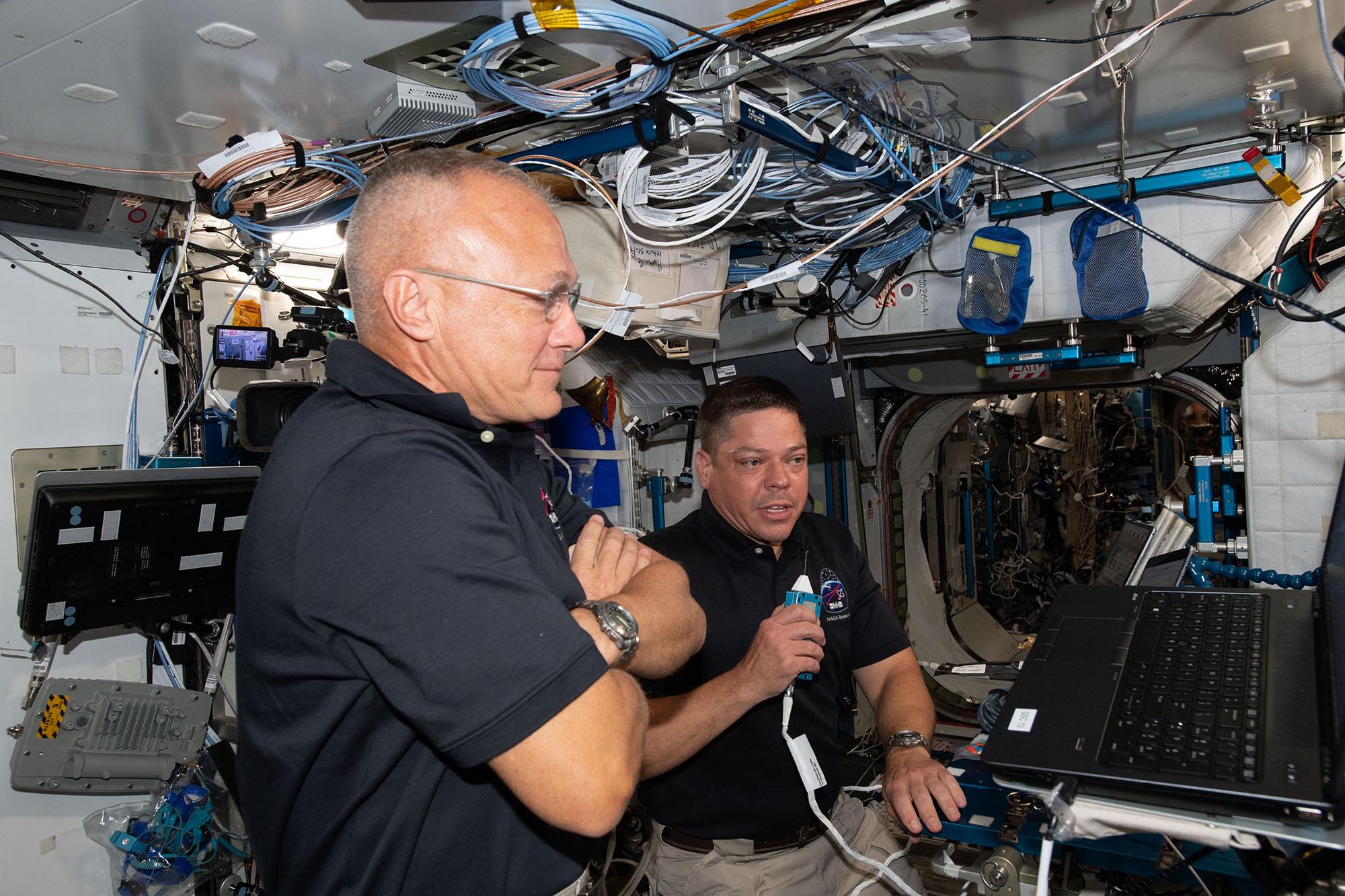 Missão Nasa-Space X: astronautas retornam à Terra após dois meses no espaço