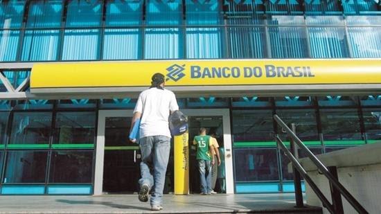 Banco do Brasil fará concurso para atrair talentos em TI; salário inicial é de R$ 3,8 mil