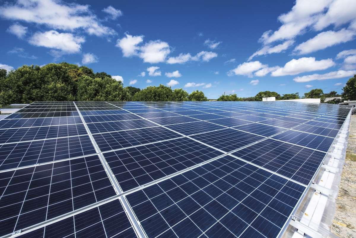 Escolas da rede pública estadual vão receber placas solares