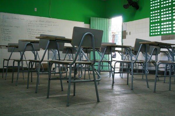 Comitê de professores e estudantes vai visitar escolas estaduais do Ceará para avaliar retorno presencial