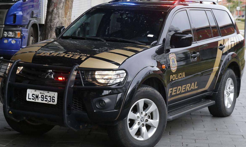 PF cumpre mandados contra acusados de fraudar auxílio emergencial
