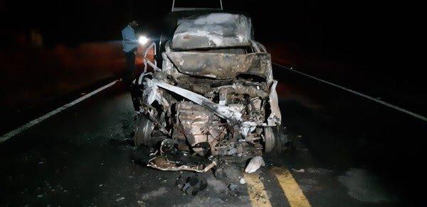 Esposa morre atropelada em estrada de Horizonte, no Ceará, enquanto esperava marido consertar o veículo do casal