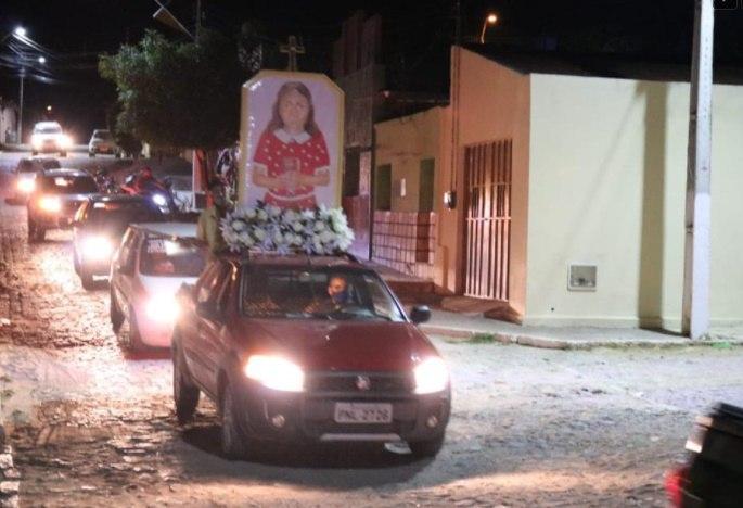 """Fiéis de Santana do Cariri celebram aniversário da """"Heroína da Castidade"""""""