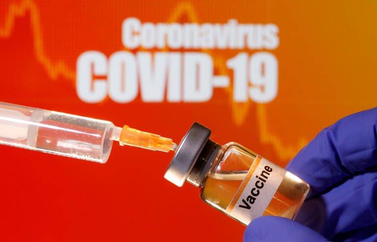 Vacina de Oxford contra Covid-19 alcança até 90% de eficácia