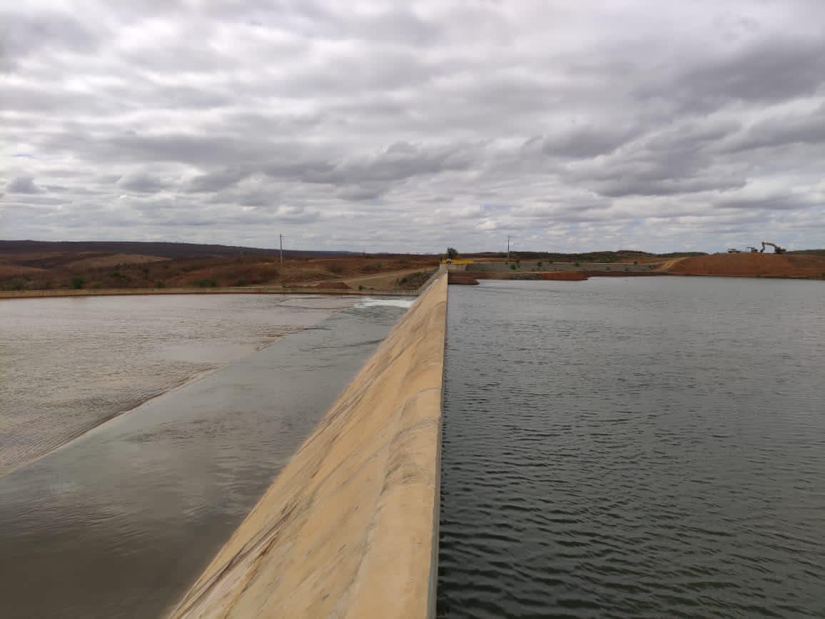 Águas do Eixo Norte da Transposição chegam a Brejo Santo