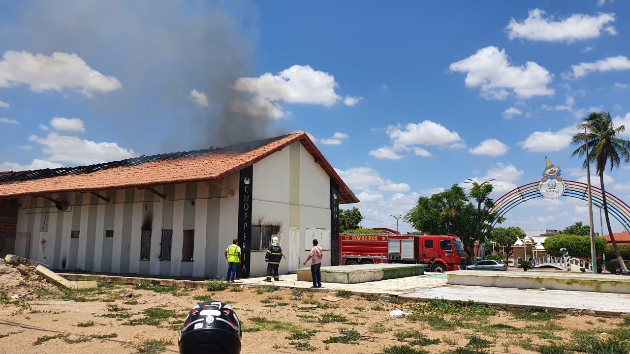 Antiga estação de trem do Iguatu tem novo princípio de incêndio