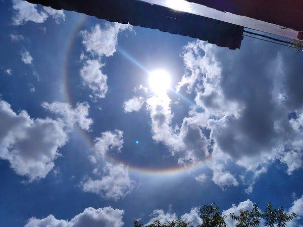 Halo solar no céu do Ceará chama atenção de moradores: 'Um arco-íris ao redor do sol'