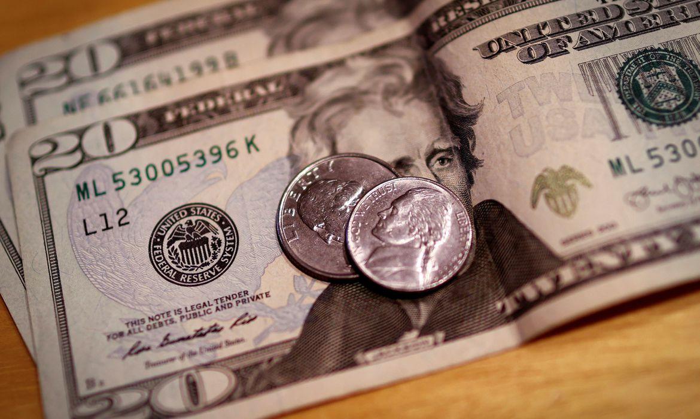 Dólar chega a R$ 5,20 e tem maior valorização semanal em três meses