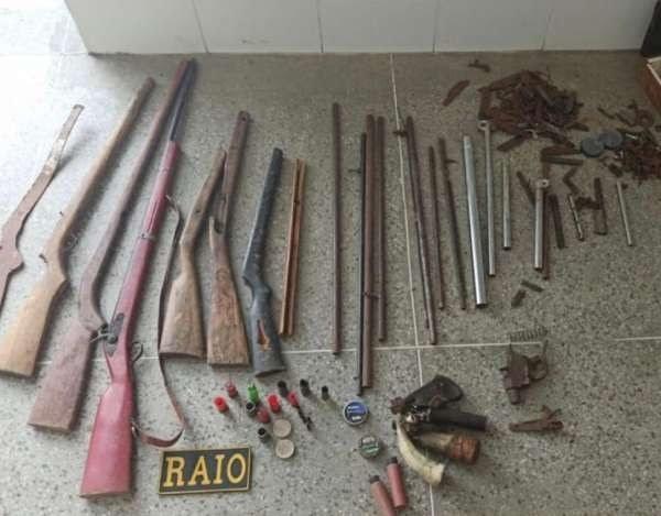 Idoso é preso e fábrica clandestina de armas é fechada em sítio de Iguatu, no Ceará
