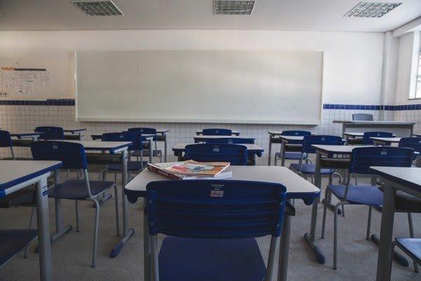 Censo Escolar 2020 aponta queda de quase 650 mil matrículas em escolas públicas do país