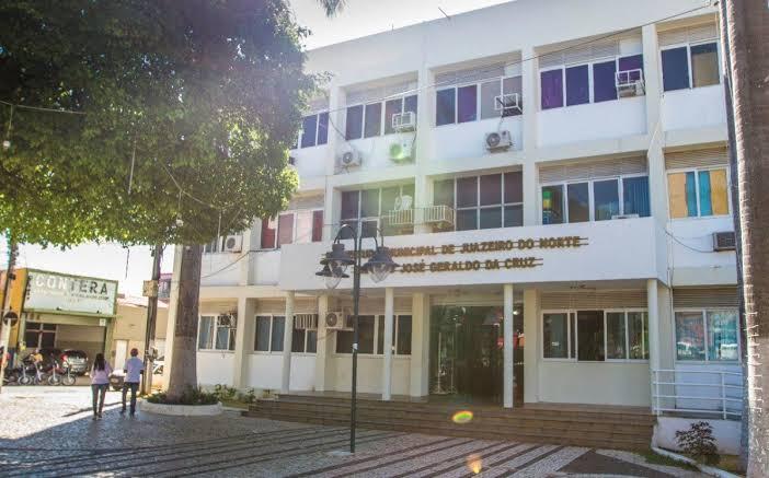 Prefeitura de Juazeiro esclarece sobre pagamento dos servidores