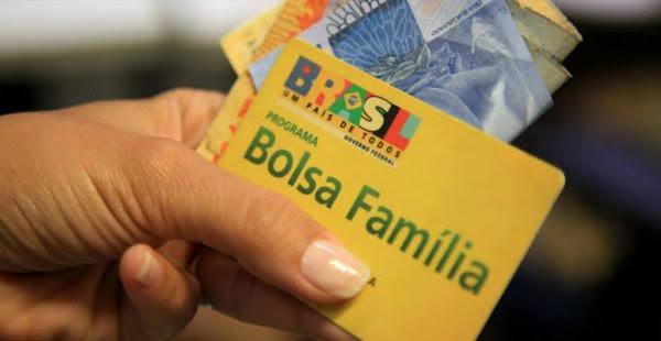 Começa nesta segunda o pagamento do calendário 2021 do Bolsa Família, após fim do Auxílio Emergencial