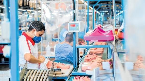 Indústria cearense de calçados deve crescer 14% neste ano