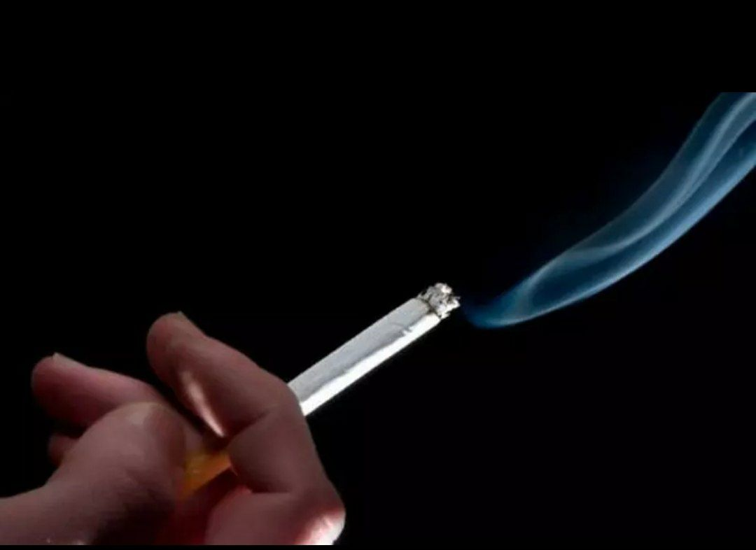 Exposição à fumaça de tabaco aumenta risco de pressão alta em crianças