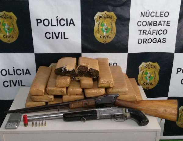 Polícia Civil prende integrante de grupo criminoso e apreende armas e drogas no Crato
