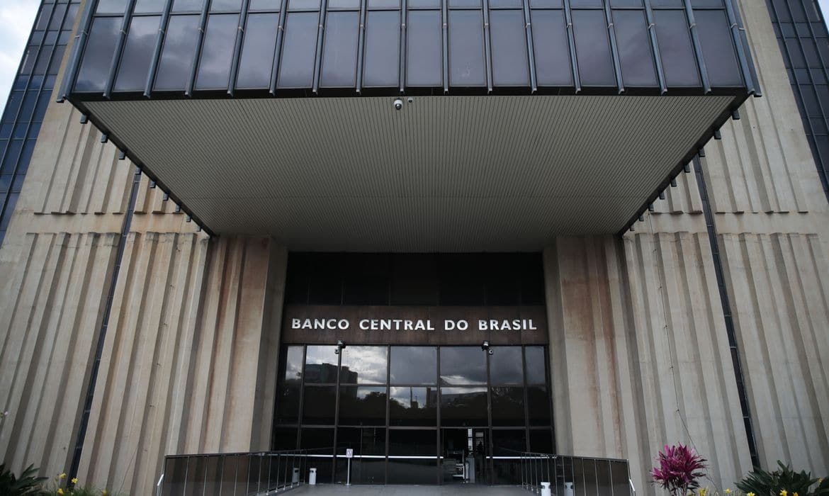 Banco Central inicia primeira fase do open banking