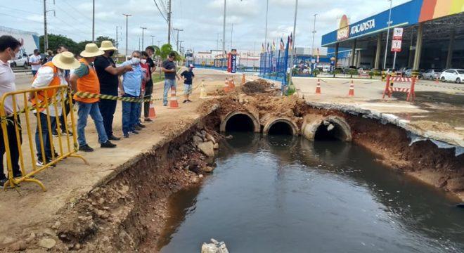 400 famílias tiveram casas atingidas por cheia de lagoa em Iguatu