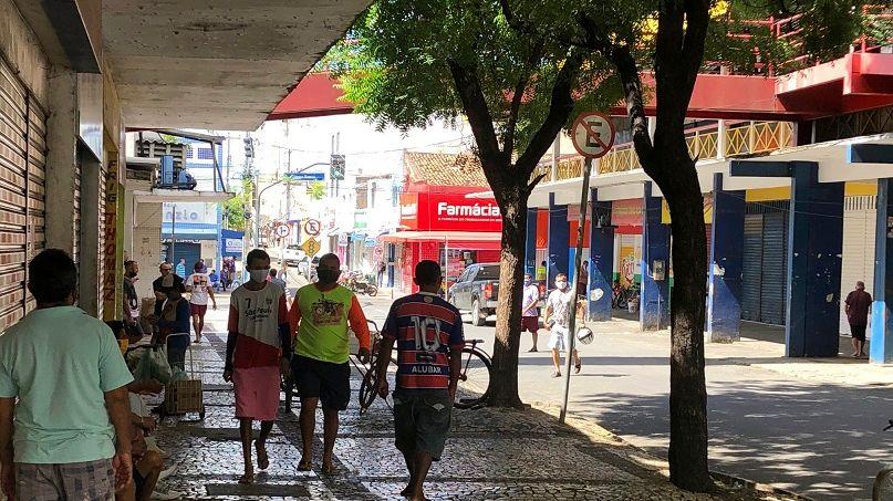 Decreto estabelece horário alternativo para comércio no interior do Ceará