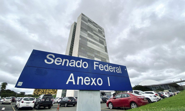 Senado aprova suspensão de pagamentos do Fies até o fim do ano