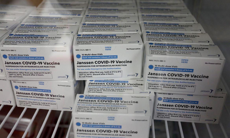 Janssen adia entrega de 3 milhões de vacinas