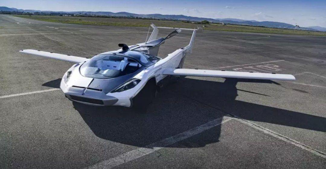 Carro voador completa voo de teste de 35 minutos entre cidades da Eslováquia
