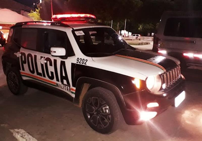 Tentativa de furto termina com um suspeito morto e outro preso após troca de tiros com a PM em Nova Olinda