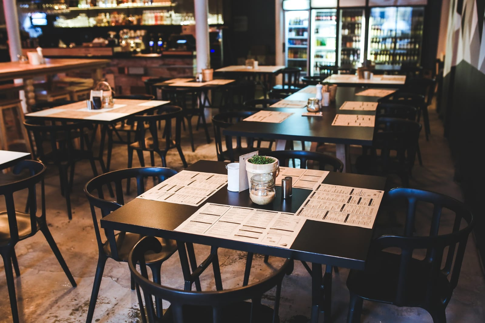Bares e restaurantes pedem para operar com 100% da capacidade no Cariri