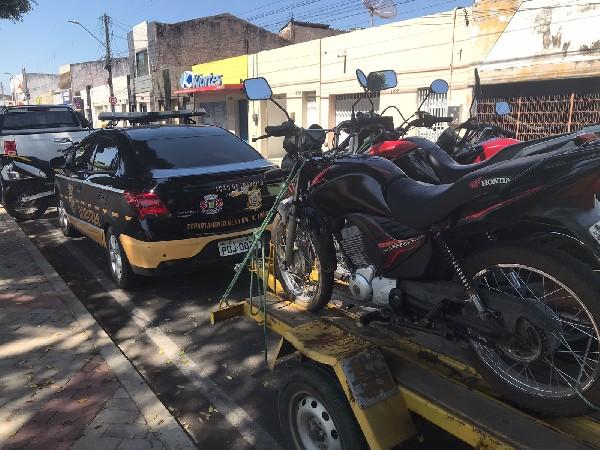 Demutran realiza fiscalização e apreende 59 veículos em Juazeiro do Norte